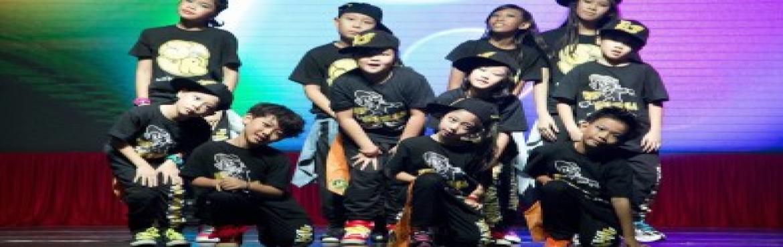 Kids Dance Show at The HomeSukh