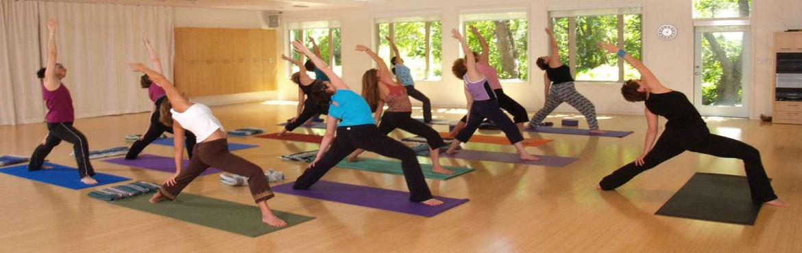 Yoga Teachers Training Course. 1 month Fully Residential  Professional Yoga Course including Satvic food, Lodging and Course Fee