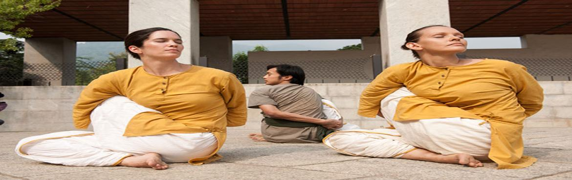 Book Online Tickets for Yogasanas, Powai, 19 - 24 Dec 2016, Mumbai.  Yogasanas - Align with the Divine The wordasanaliterally means a posture. Out of the innumerable asanas a body can assume, 84 have been identified asYogasanas, through which one can transform the body and mind into a possibility fo