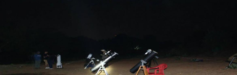 "Book Online Tickets for Wonders of the Universe : Special 3 hrs , Mumbai. Sky Gazingby Khagol Mandalfrom Wonder Park Seawood - Nerul Khagol Mandal is glad to announce evening Astronomy Theme Program at Wonder's Park, Seawood. The theme of the first 3 hour beginner level program is ""Wonders of"