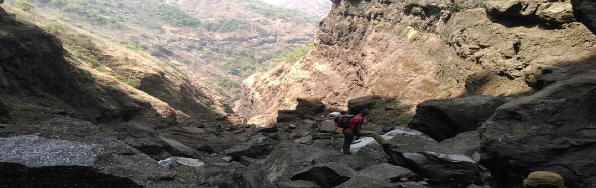 Book Online Tickets for Sandhan Valley Trek on 11th 12th March 2, Igatpuri.     About Sandhan Valley Trek: Sandhan Valley, also known as Valley of suspense or Valley of Shadow, is one of the greatest canyons in the splendid setting of Sahyadri (Western Ghats). The water carved valley is 200 ft deep and about 1.5 km
