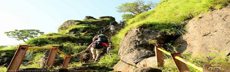 Night Trek to Kalsubai Peak Highest Peak of Maharashtra on 29th 30th April 2017