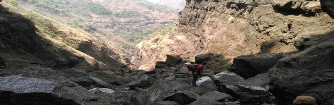 Book Online Tickets for Sandhan Valley Trek on 1st 2nd April 201, Igatpuri.    About Sandhan Valley Trek:     Sandhan Valley, also known as Valley of suspense or Valley of Shadow, is one of the greatest canyons in the splendid setting of Sahyadri (Western Ghats). The water carved valley is 200 ft deep and about 1.5