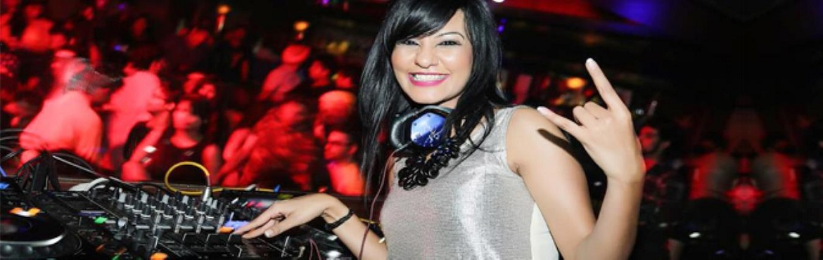 Book Online Tickets for DJ Kamya Playing at Marine Drivve - Powe, Delhi. For all those who thought the Djing scene was male centric, this will make you think otherwise. Kamya has been setting the places on fire. Her versatility, unique style and knowledge about music is what makes her stand out in the crowd.Peop