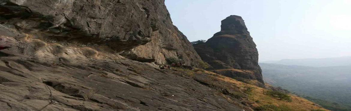 Book Online Tickets for Kalakrai Climbing Expedition, Pune. KALAKRAI CLIMBING EXPEDITION This is one of the satisfied climb in Sahyadri. The grade of the Kalakrai pinnacle from the col side is considered as Moderate. There are total 4 stages of climbing. The first one is easy climb one can find good condition