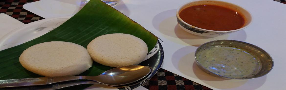 Book Online Tickets for Basavanagudi Thindi walk., Bengaluru.  This is a purely vegetarian breakfast food walk in the veggie paradise of Basavanagudi. They say on a food walk only the food does all the talking, so come taste some delicious Khali dosa, neer dosa, set dosa, chow chow baat, damrot, idli,poori