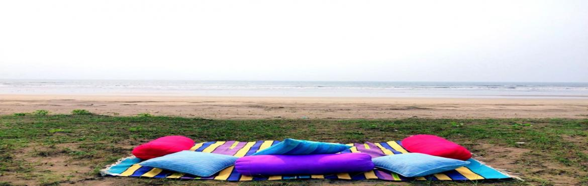 Book Online Tickets for Revdanda Beach Camping on 31st 1st Janua, Alibaug.   About Revdanda beach:Enjoy the journey sailing in the sea and Reach the location at 4pm on the, camp the night, wake up to the view of the sparkling Sea, then head back post breakfast.  Accommodation:• In Tent\'s pitched on t