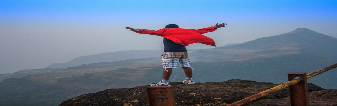 Book Online Tickets for Trek to Kalsubai Peak Highest Peak of Ma, Ahmednagar.  About Kalsubai Trek:   Kalsubai with the height of 1646m [5400Feets] is famous as one of the highest peaks in Maharashtra. Kalsubai lies in the Sahyadri mountain range. This being the highest peak, it commands a beautiful view. Since Kalsu