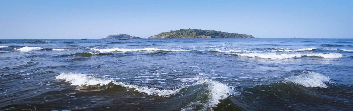 Book Online Tickets for Karwar - Kashmir of Karnataka | Plan The, Bengaluru. Plan The Unplanned presents Karwar !!Karwar is the head quarter of Uttara Kannada district in the Southern western coast of India. It is situated between Sahyadri evergreen forest in east, blue Arabian Sea to the west, towards south ends with harbour