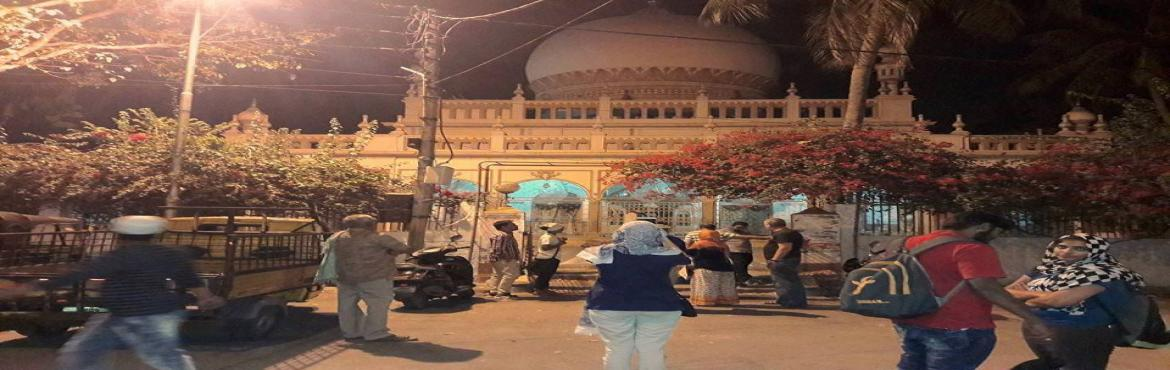 Book Online Tickets for A Sufi Night Walk in Nampally, Hyderabad.    Tucked away in the lanes of Nampally are dargahs which are symbolic of the Sufi culture that have been a part of the city\'s past since time immemorial. These centres daw people from all faiths who come in with a prayer and hope to fin