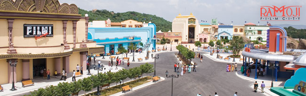 Book Online Tickets for Ramoji Star Experience, Hyderabad.  Welcome on Arrival - Souvenir Chocolate Box at Premium Lounge Visit to Bahubali Set (last bus at 4pm). Facilitated tour of Ramoji Film City by AC coach. Buffet Lunch (Veg. & Non-Veg.) in A/C Restaurant. Fruit Drink Coupon ( Tetra Pack)