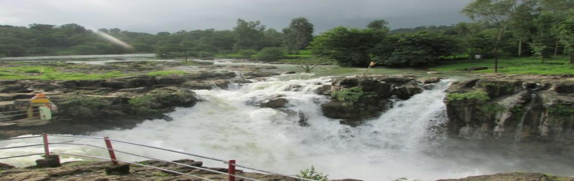 Book Online Tickets for Bhandardara Overnight stay and Monsoon T, Mumbai. Event Description : Overnight Stay at Bhandardara is a unique experience which you may have never experienced till now with Monsoon sightseeing experience. Bhandardara is Surrounded by the Turquoise pristine water.  Bhandardara is one of the bes