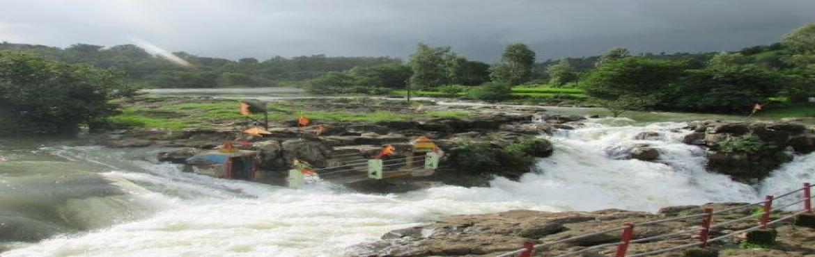 Book Online Tickets for Bhandardara monsoon Sightseeing and over, Mumbai. Overnight Stay at Bhandardara is a unique experience which you may have never experienced till now with Monsoon sightseeing experience. Bhandardara is Surrounded by the Turquoise pristine water. Bhandardara is one of the best weekend getaways f