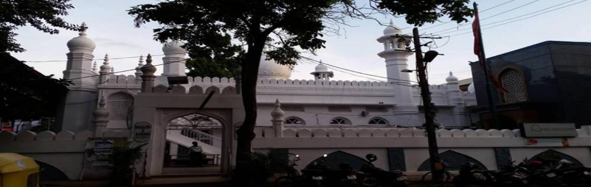 Book Online Tickets for Once upon a time in Johnson market, Bengaluru. Come talk a walk with us as we discover Johnson market & it\'s surroundings in a whole new perspective. We not only explore this tiny little British era market ,we also learn more about the Shia connection to this area. Decades ago a man from Per