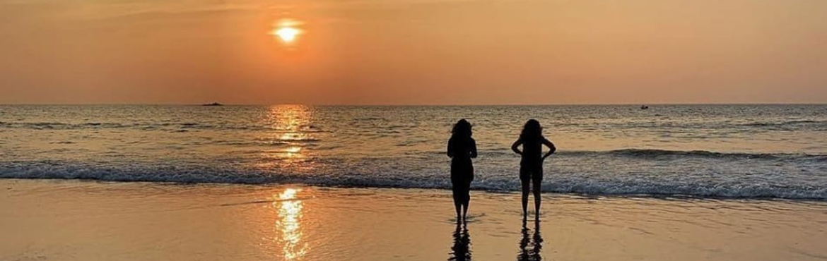 Book Online Tickets for Gokarna Beach Trek and Camping 2019, Gokarna. When we hear about treks, we imagine lofty mountains or lush green hills. Well, if you want to try something entirely different, then here's a chance to join us for theGokarna Beach Trek. Gokarnais a small beach town on the coast of