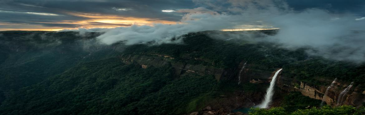 Book Online Tickets for Meghalaya Backpacking Trip, Guwahati. Overview:Region: Meghalaya, North EastOfficial Language : EnglishDuration: 5 Days (Guwahati to Guwahati)Grade: Easy to ModerateAge: Min 8GoAdventure welcomes all the adventurers to this 5 day trip to Meghalaya. This event is going to be all about tre