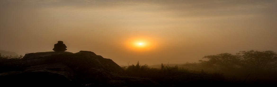 Book Online Tickets for Skandagiri Sunrise Trek , Bangalore. Skandagiri, also historically known as Kalwarbetta or Kalavara Durga is a mountain fortress located around 70 km from Bangalore. This tiring yet much rewarding trek takes you through a spectacular journey amidst the wilderness. Starting at 10 pm from