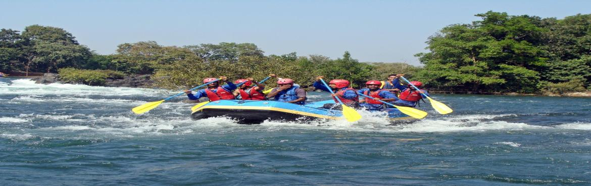 Book Online Tickets for Go WILD in DANDELI | Rafting, Jungle Cam, Bengaluru.  GO WILD IN DANDELI Dandeli is a Wildlife sanctuary which is very calm and peaceful which adds as a stress buster when you\'re here away from the city. At a distance of 462 km from Bangalore, Dandeli is a picturesque tow