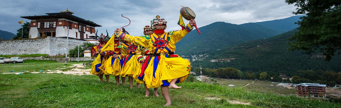Book Online Tickets for BHUTAN, Delhi.  Route:- Delhi - Phuntsholing - Thimphu - Paro- Hike to Taktshang, Tiger's Nest   Inclusion:  5N Accommodation in 2/3 star hotels as per package selected on twin sharing basis. 2N Phuentsholing, 1N Thimphu & 2N Paro Stay. Meals: Breakf