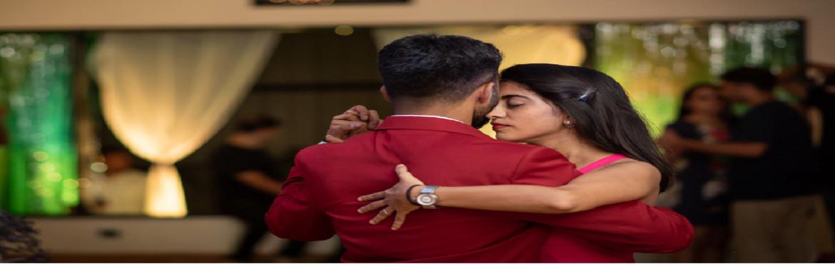 Book Online Tickets for Argentine Tango Workshop, Hyderabad. Hyderabad Tango Club in association with Abrazo Tango brings you this exciting and fun filled tango workshop.This is second time Kruti Gandhi Sarda is visiting us along with Ajinkya Deshpande. Workshop in open to beginners, however if you are a compl