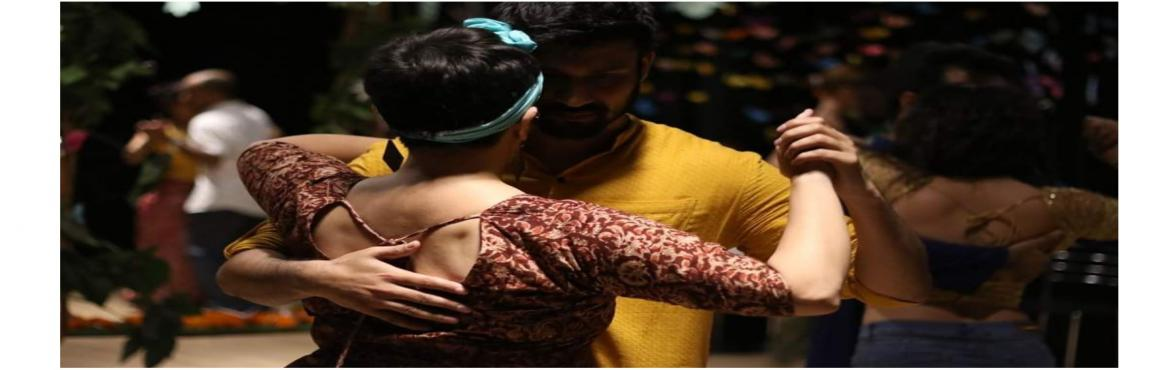 Book Online Tickets for Argentine Tango Beginners Batch and Prac, Hyderabad. Argentine Tango Beginner\'s Batch + Practica Class Schedule: Starting on 21 July , then every Sunday.Time: 4 - 5.30 pm. Followed by Practica until 7 PM. Venue: 100 FEET STUDIO, Plot no.332 Opposite Str8up Clup, Road no: 17, 100 feet road , Madhapur.