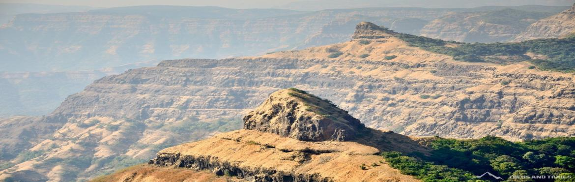Book Online Tickets for Vasota Trek (EX Pune) on 27th 28th Feb 2, Satara. Vasota Trek from Pune: Vasota Fort is an ancient hill fort situated at an altitude of 1171 mtrs near Bamnoli in Satara district. The fort is situated in the deep forests and valleys of Koyna Wildlife Sanctuary. Situated on the banks of the Shivsagar