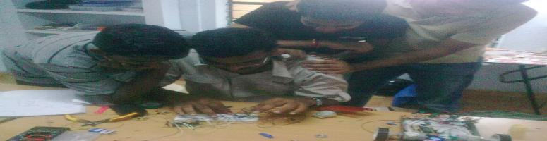 Robotics workshop by Tech Innovates @ Guindy, Chennai on 24-25th Sep. 2011
