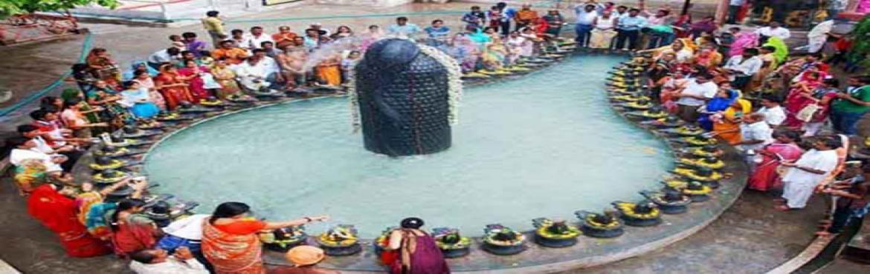 Book Online Tickets for Shankaracharya Jayanti simhastha mahapar, Indore. Simhastha Ujjain is biggest kumbh mela in India, Which celebrate in every 12 years in Ujjain Mahakal Nagari, M P Get all mela info, dip dates, event news. Shankaracharya Jayantiis One of them