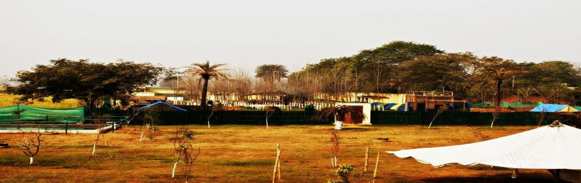 Book Online Tickets for Rang Barse Holi Festival 2016, Dauhla. Aravali Adventure Farm has come up to provide you with a whole new and exciting Holi experience. The fest will feature Rain Dance, Bhaang Pakodas, Cocktails & Mocktails, Thandai, DJ, Changing Rooms and what not to make you feel rejoiced. Book it