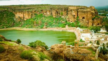 Badami and Hampi - Explore, Cycle and Rock Climb
