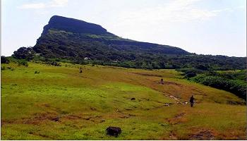 Trek to Durg Dhakoba