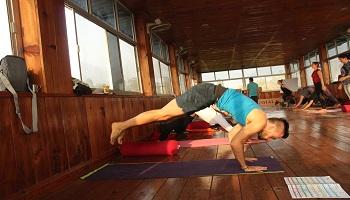200 Hour Yoga Teacher Training Program in Rishikesh in December 2018