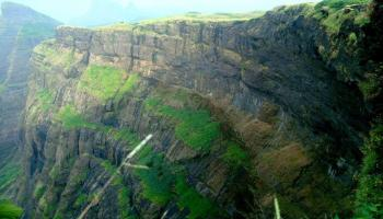 Bhandardara Overnight stay and trek to Harishchandragad
