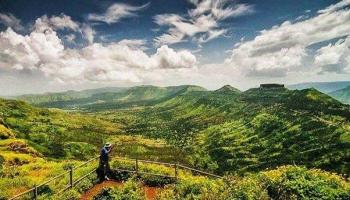 Bhandardara overnight stay and trek to Pabargad