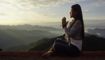 Holi 2020 - 300 Hour Yoga Teacher Training Scholarship in Rishikesh India