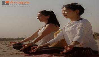 Yoga in Rishikesh India : Arogya yoga school