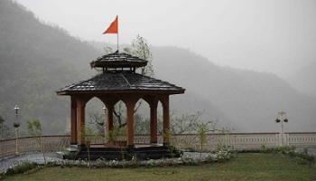Yoga Retreat in India - Rishikesh Yogpeeth (Abhayaranya Yoga Ashram)